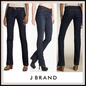 👖 J Brand Cigarette Leg Jeans Dark Wash